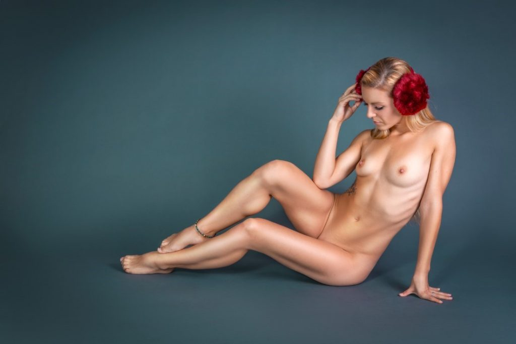 Free non nude glamour models